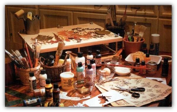 Декупаж. Мастер классы для начинающих пошагово с фото: из салфеток на бутылке, коробке, тарелке, стуле, по дереву, из обоев, фотографии, яичной скорлупы