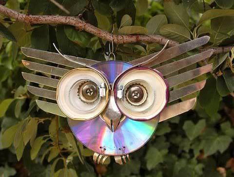 podelki-iz-diskov-18 Какие поделки из дисков можно сделать своими руками? 100 радужных идей