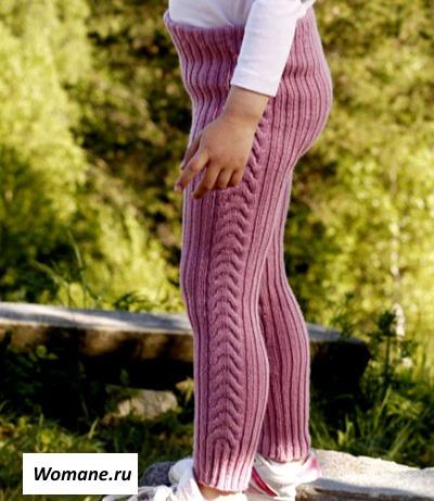Вяжем девочкам спицами с описанием и схемами. Шапочки, кардиган, пуловер, пальто, тапочки