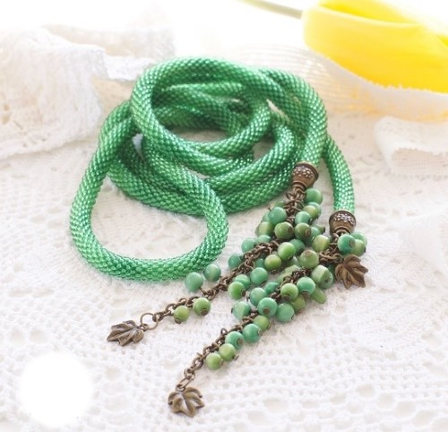 Жгуты из бисера крючком. Схемы, пошаговая инструкция плетения. Мастер-класс