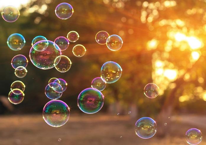 Как сделать мыльные пузыри в домашних условиях. Рецепты с глицерином и без, крепкие