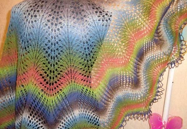 Шаль спицами. Схема и описание, необычные модели: холден, замерзшие листья, танцующие бабочки