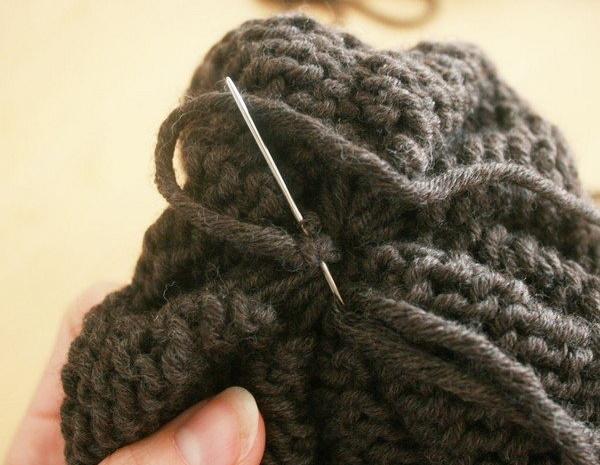 Как закончить вязание спицами. Последний ряд резинки, шарфа для начинающих