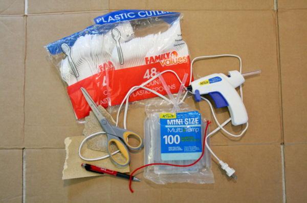 Поделки из пластмассовых ложек, вилок своими руками пошагово