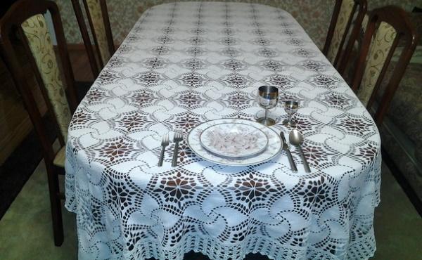 Вязание скатерти крючком. Схемы и описание на круглый стол, прямоугольные, овальные. Мастер-классы