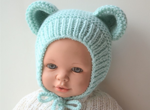 Чепчик для новорожденных спицами. Схемы ажурных шапочек для девочек, мальчиков