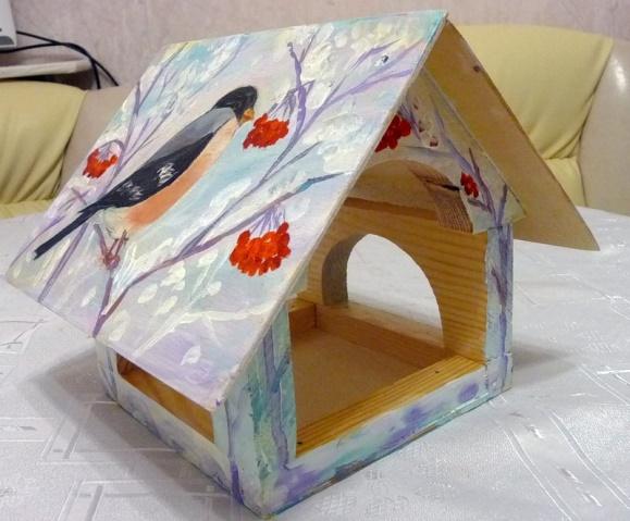 Кормушка из картона для птиц. Как сделать своими руками, фото, шаблоны