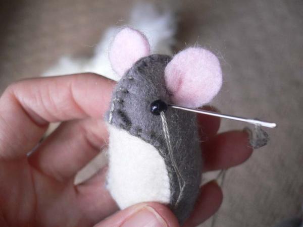 Мышка из фетра. Выкройки своими руками, схемы, шаблоны пошагово. Фото