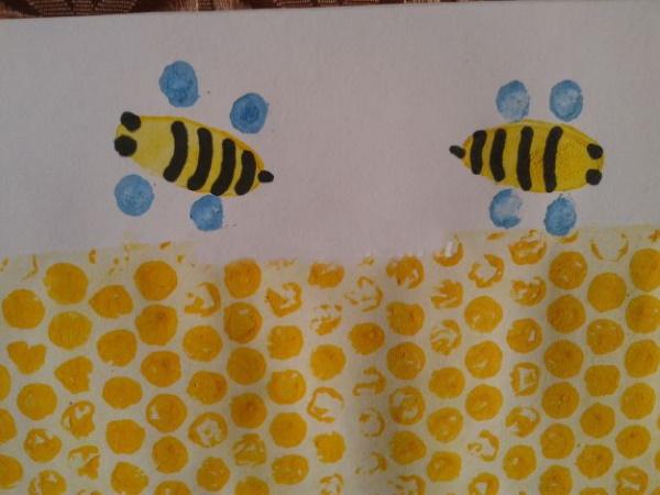 Рисунок пчелы для детей карандашом для срисовки, раскраски, трафареты