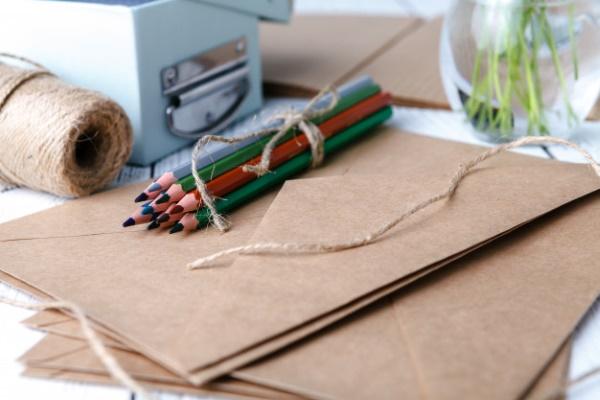 Лист клевера, четырехлистного цветка рисунок карандашом, акварелью