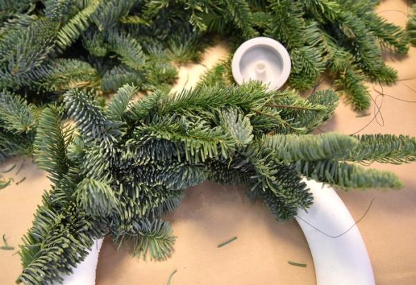 Как сплести венок из веток своими руками, сделать осенний, новогодний, рождественский