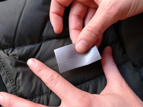 Как зашить дырку без шва на штанах, куртке, джинсах, кофте, футболке вручную